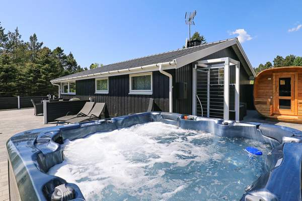 Ferienhaus 06375 - Hausfoto 1